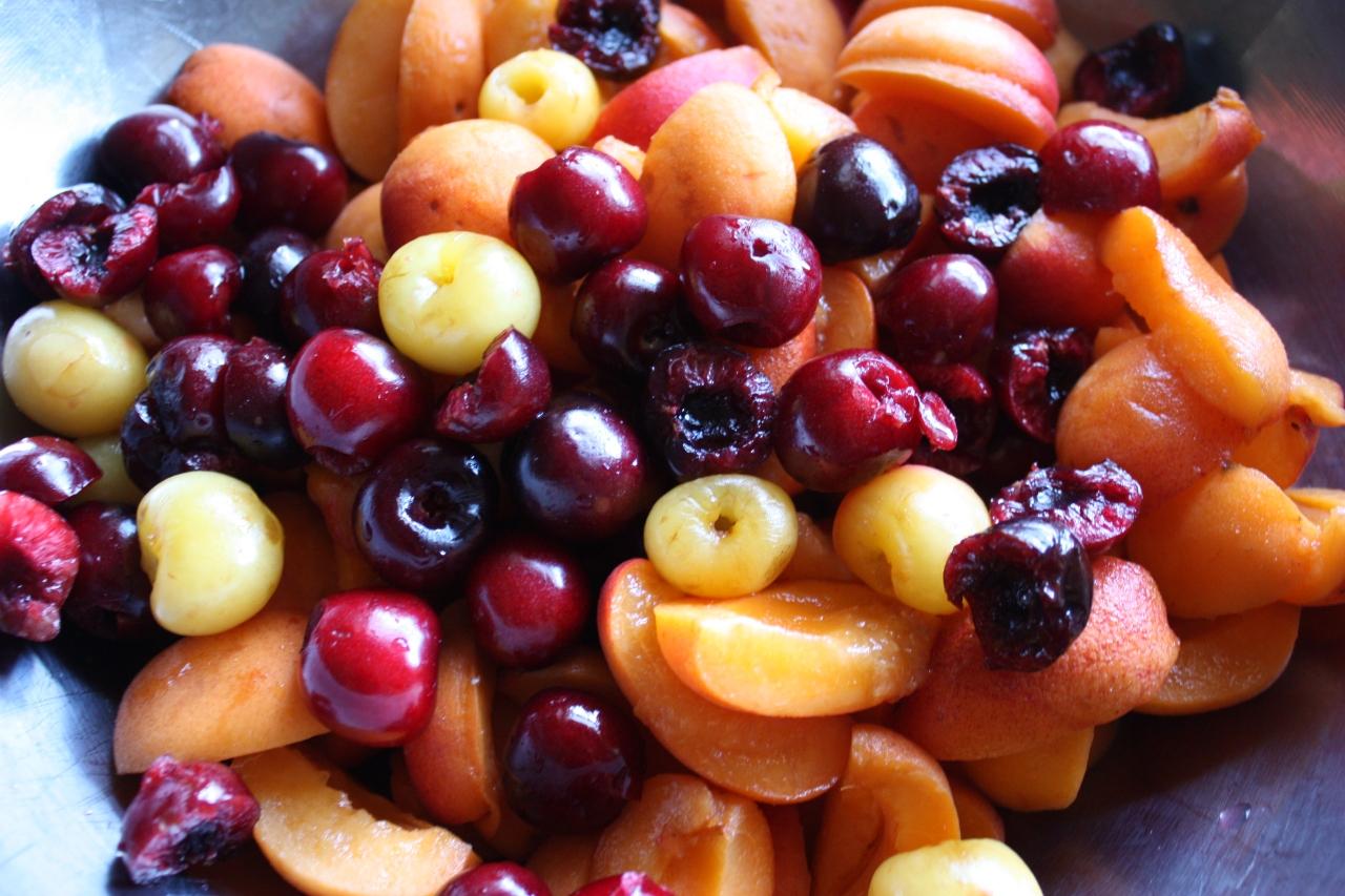 Abundant Apricot-Cherry Crisp
