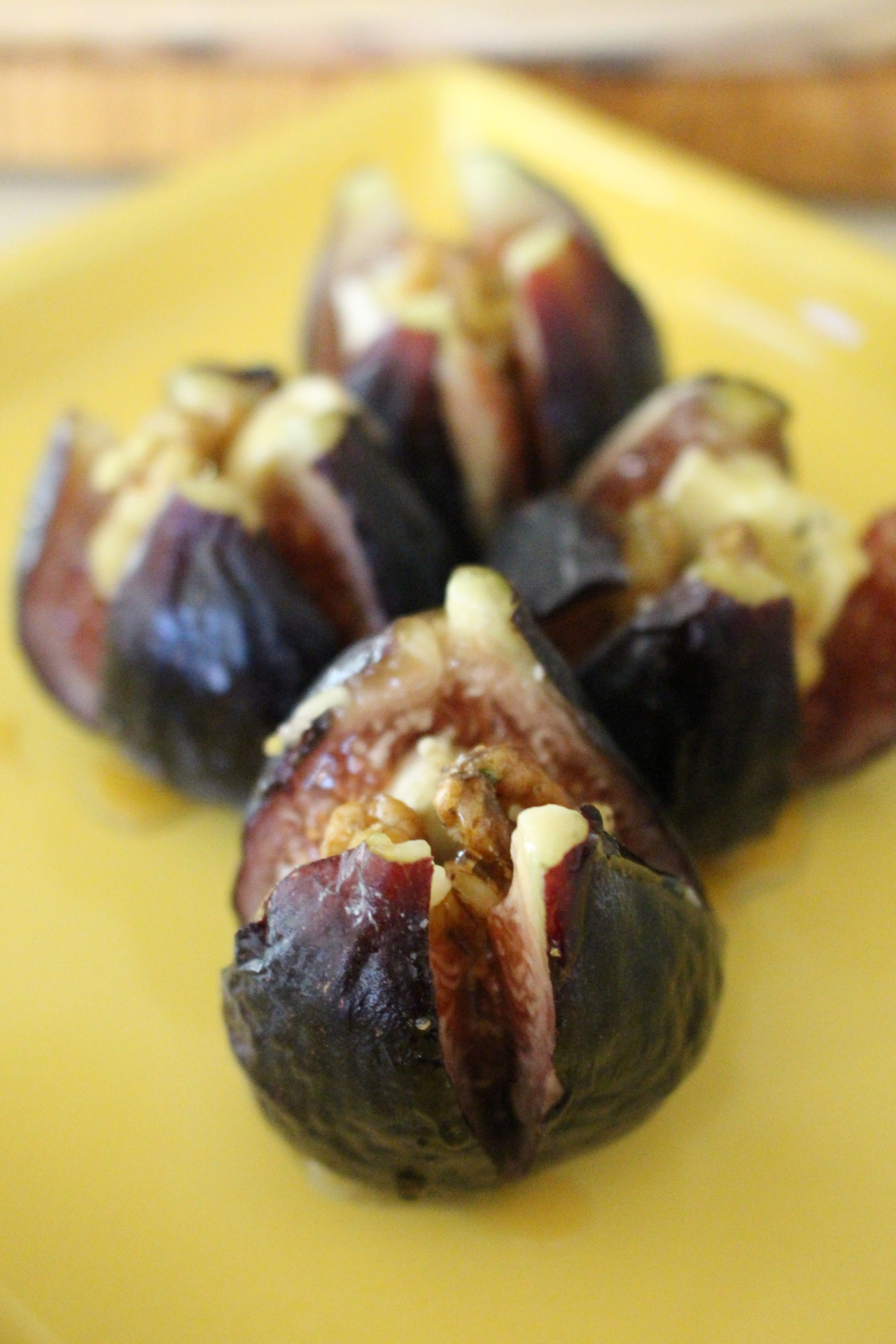 Short & Sweet: Stuffed Figs