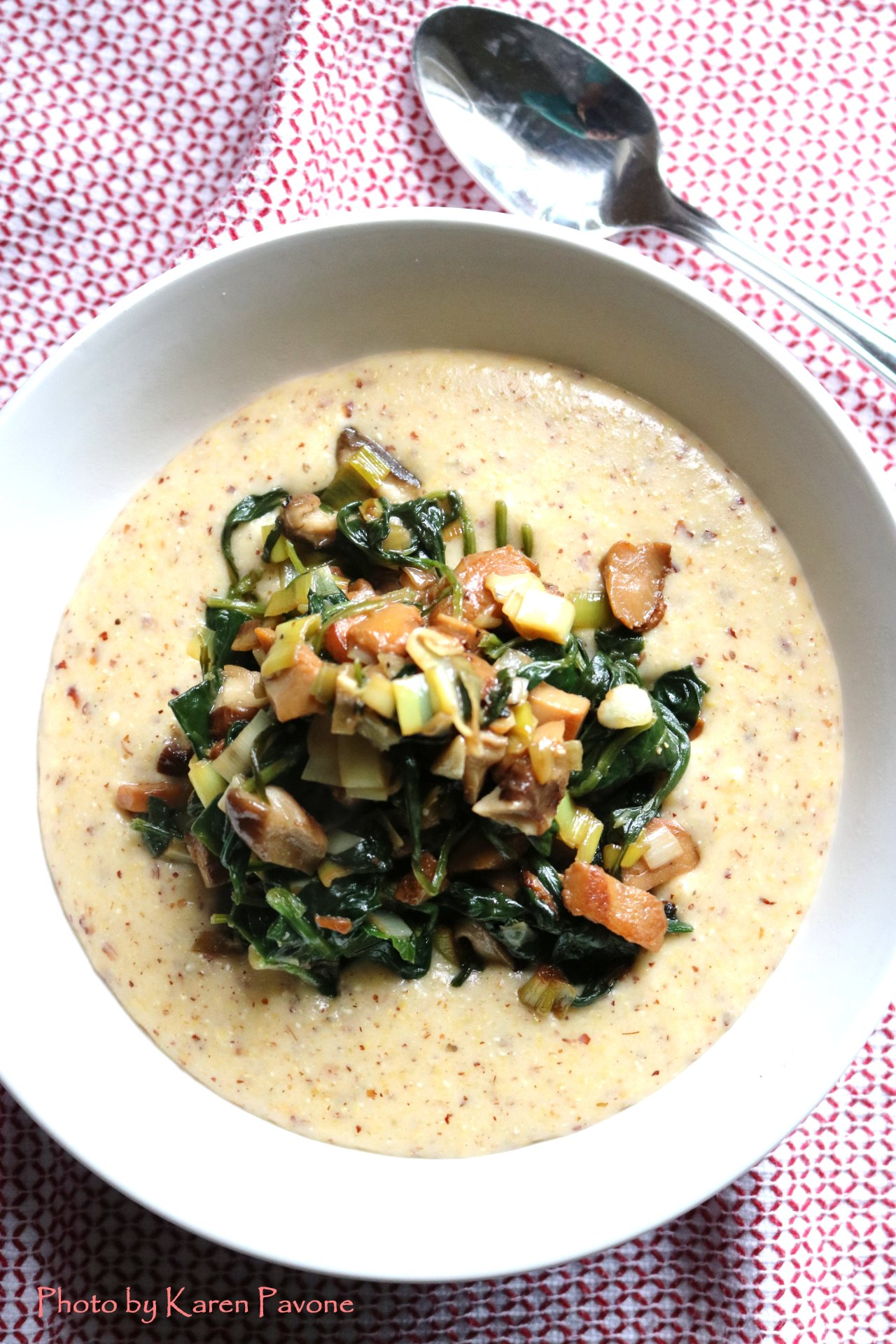 In Season: Creamy Polenta with Chanterelles, Leeks & Spinach